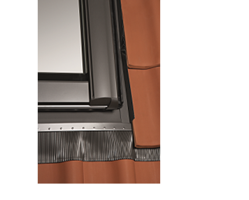 ROTO WDF EDR ZIE profilos tetőfedéshez Designo ablakokhoz