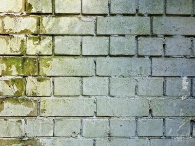 Mit tegyek, ha vizesedik a fal? Egyáltalán, hogyan vehetjük észre időben, hogy problémák lehetnek a ház vízszigetelésével?