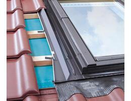Fakro EZ burolókeret alacsony profilú tetőfedő anyagokhoz